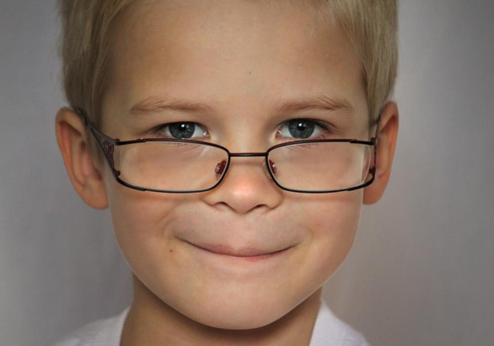 Le retour du bonhomme à lunettes